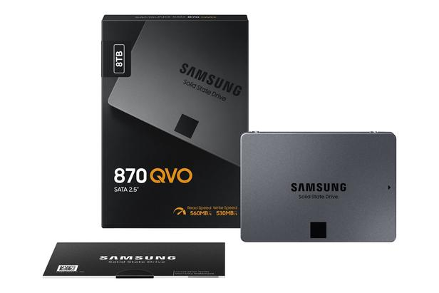 Siyah 870 QVO SATA III 2.5'' SSD 8 TB